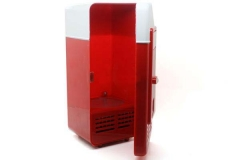 Маленький USB холодильник.